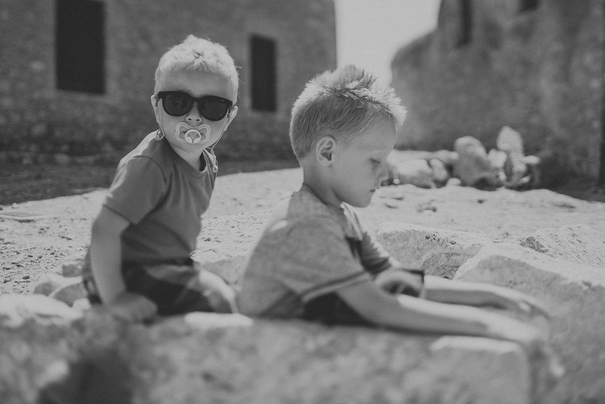 children in Fortezza castle